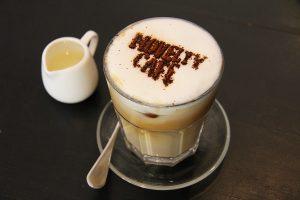 cheese cake 2034426 1920 1 300x200 1 - Kaff(T)ee - Asiatische Kaffeekultur